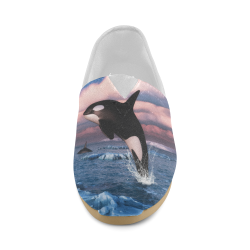 Killer Whales In The Arctic Ocean Unisex Casual Shoes (Model 004)
