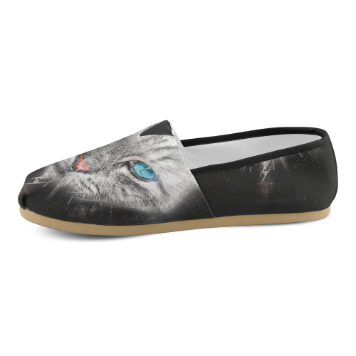 Silver Abstract Cat Face with blue Eyes Unisex Casual Shoes (Model 004)