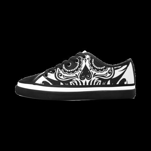 SKULL FLOWERS Women's Nonslip Canvas Shoes (Model 001)