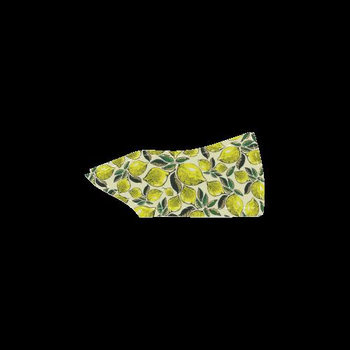 Lemon Juicy Vintage Pattern Men's Unusual Slip-on Canvas Shoes (Model 019)