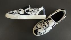 Slip-on Canvas Shoes for Men/Large Size (Model 019)