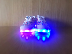 Light Up Casual Men's Shoes (Model 046)