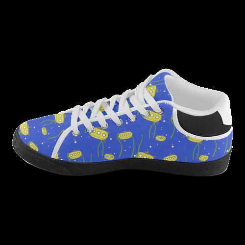 Yellow small submarine - cartoon and yellow Women's Chukka Canvas Shoes  (Model 003)