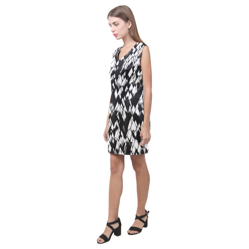 stunning black and white 04 Phoebe Sleeveless V-Neck Dress (Model D09)