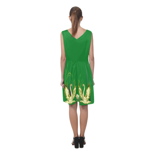 Lovely Swans & Flower Lily in a Pond Chryseis Sleeveless Pleated Dress(Model D07)