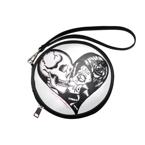 Heart Kiss by Skinderella - Tattoo Art Skulls, Hearts, Love Round Makeup Bag (Model 1625)