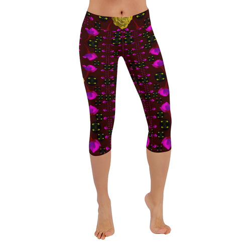 Roses in the air for happy feelings Low Rise Capri Leggings (Invisible Stitch) (Model L08)