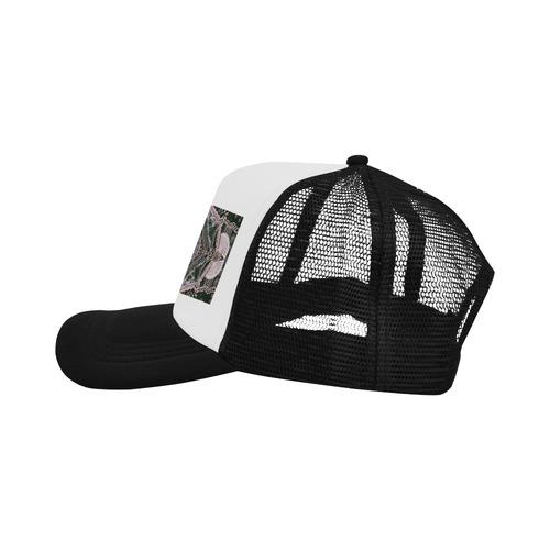 henne 4 v Trucker Hat