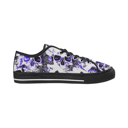 cloudy Skulls white blue by JamColors Seattle Low Top Women's Shoes (Model 10136)