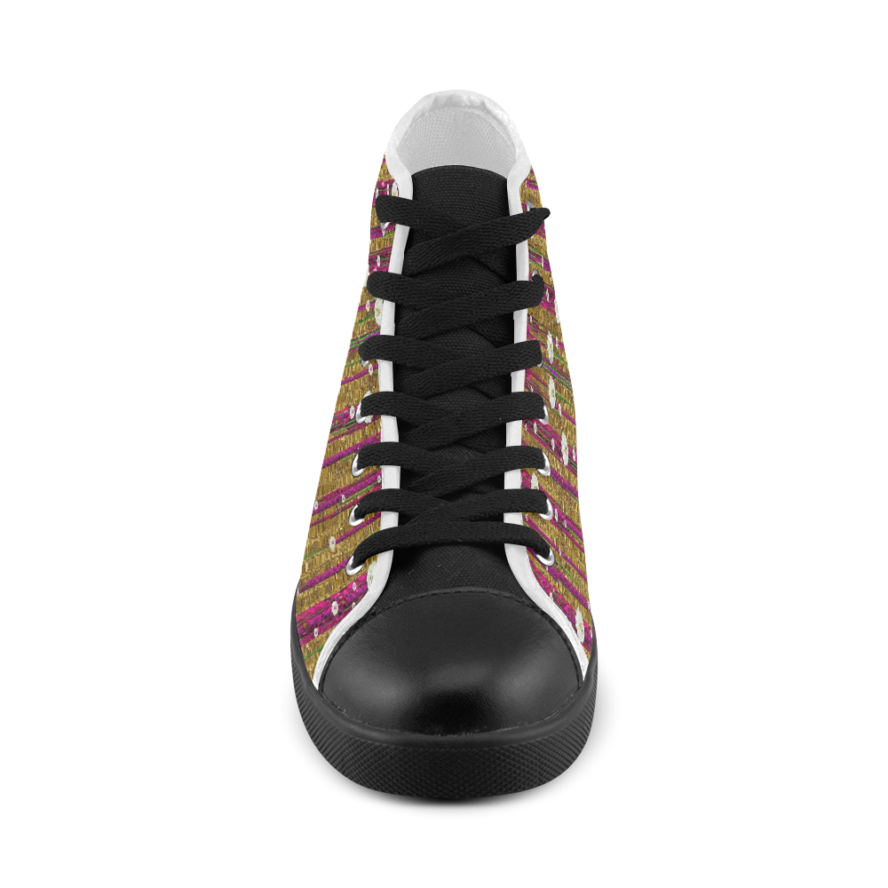 Strawberry Trees Forever Men's High Top Canvas Shoes (Model 002)