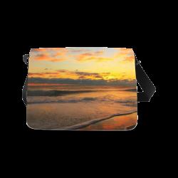 Stunning sunset on the beach Messenger Bag (Model 1628)