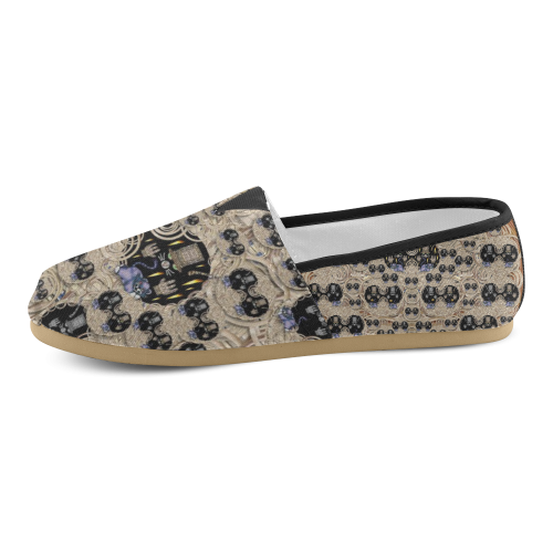 big cats and kittens in the night Unisex Casual Shoes (Model 004)
