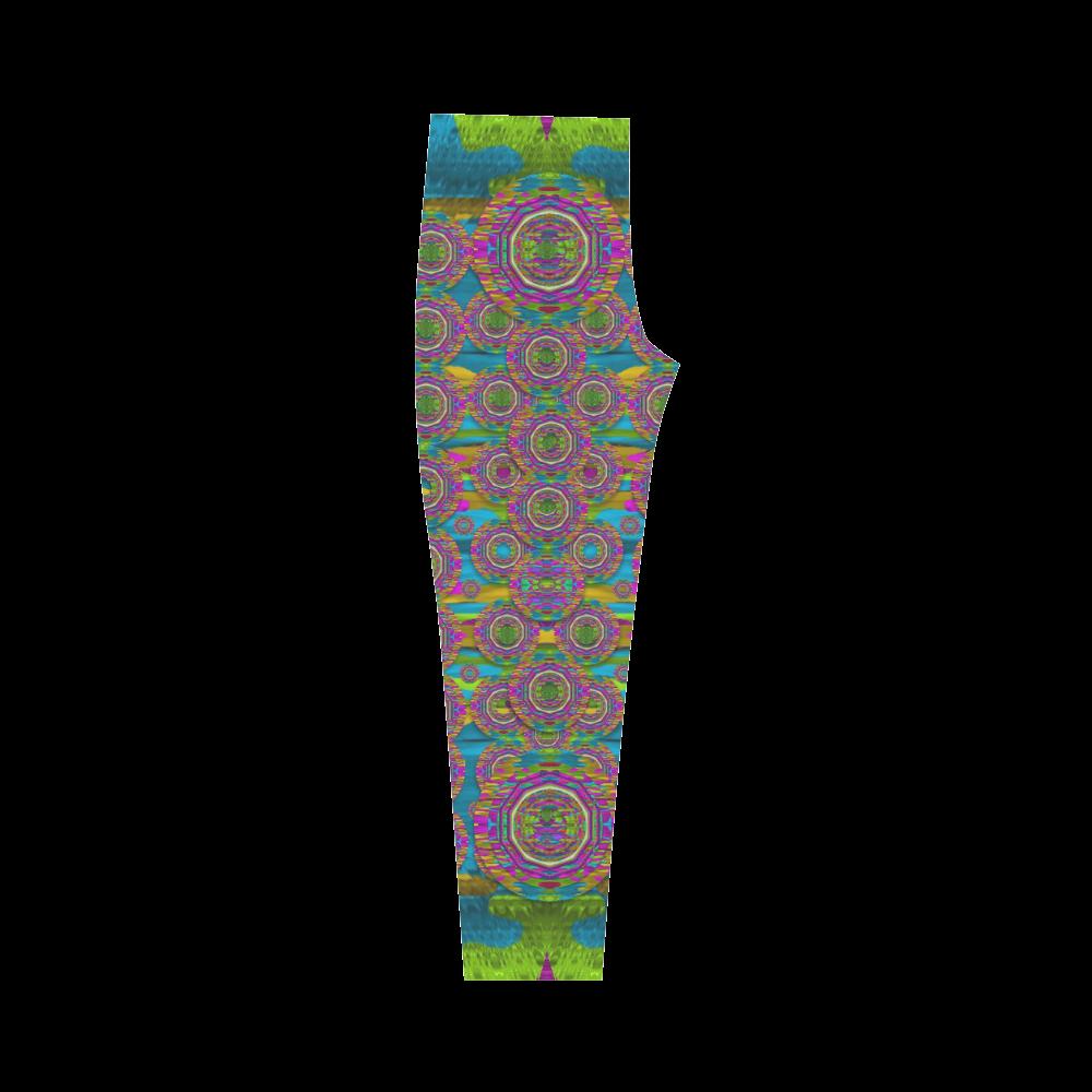 Peacock eyes in a contemplative style Capri Legging (Model L02)