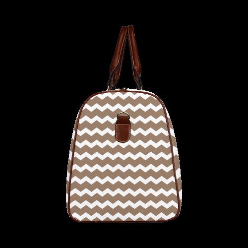 Modern Trendy Pastel Grey Brown Zig Zag Pattern Chevron Waterproof Travel Bag/Large (Model 1639)