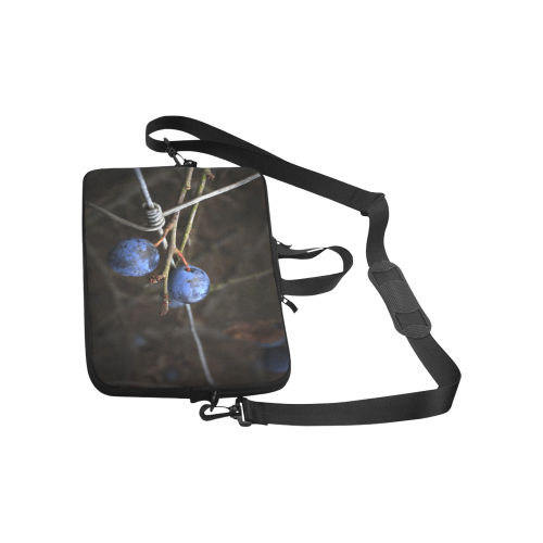 """Blue Berry Wire Fence Summer Nature Laptop Handbags 11"""""""