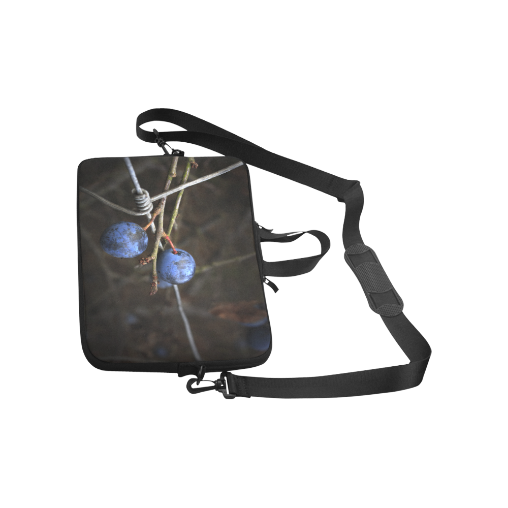 """Blue Berry Wire Fence Summer Nature Laptop Handbags 13"""""""