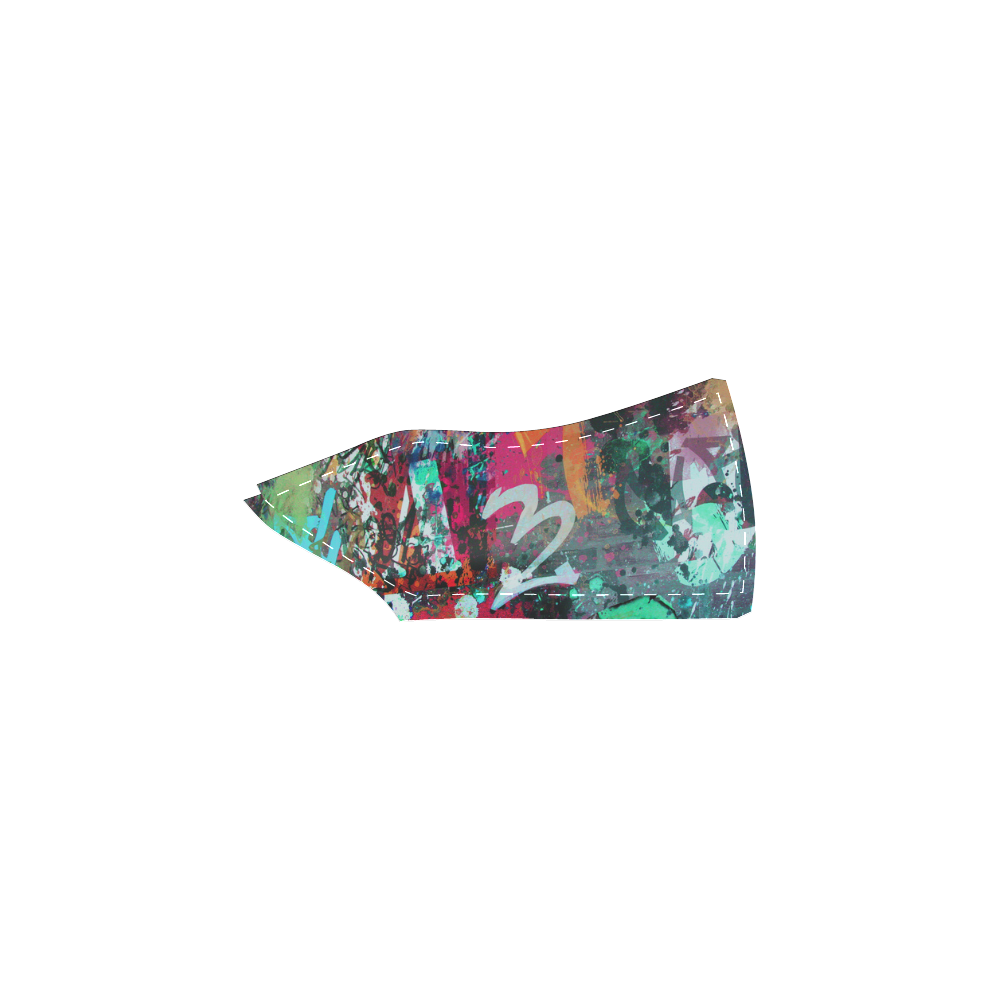 Graffiti Wall and Paint Splatter Women's Unusual Slip-on Canvas Shoes (Model 019)