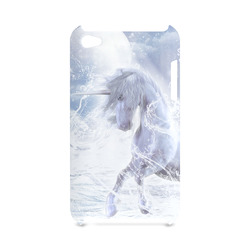 A dreamlike unicorn wades through the water Hard Case for iPod Touch 4