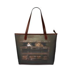 Little cute kitten in an old wooden case Shoulder Tote Bag (Model 1646)