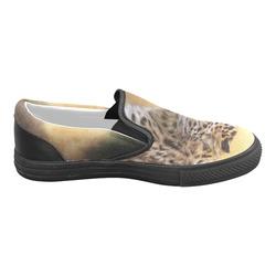 A magnificent painted Amur leopard Men's Slip-on Canvas Shoes (Model 019)