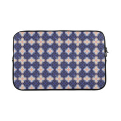Navy Kaleidoscope Pattern Macbook Pro 17''
