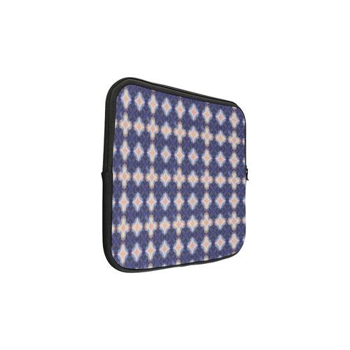 Navy Kaleidoscope Pattern Macbook Pro 13''