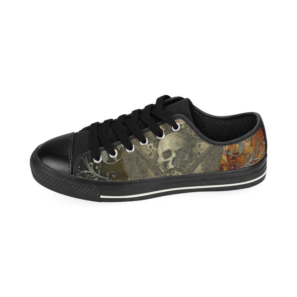 Awesome creepy skulls Men's Classic Canvas Shoes (Model 018)